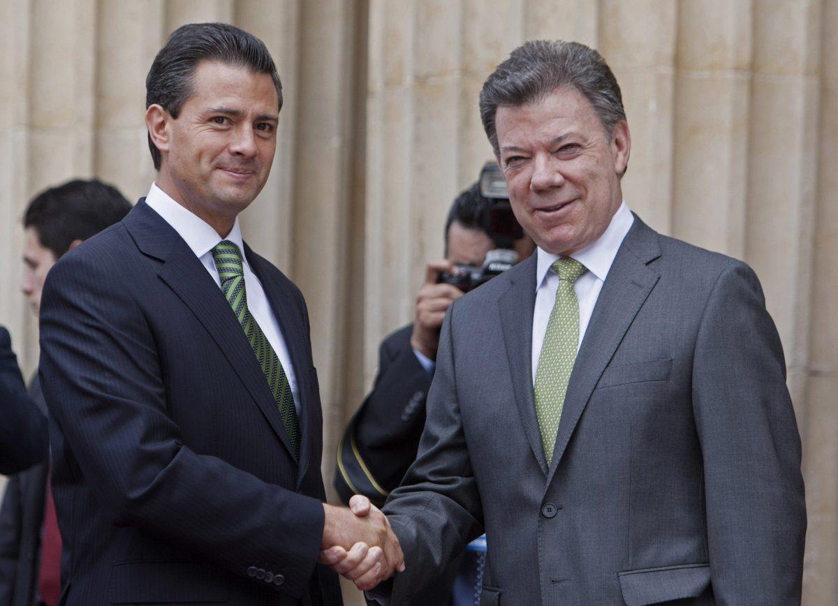 Pea-Nieto-y-Juan-Manuel-Santos