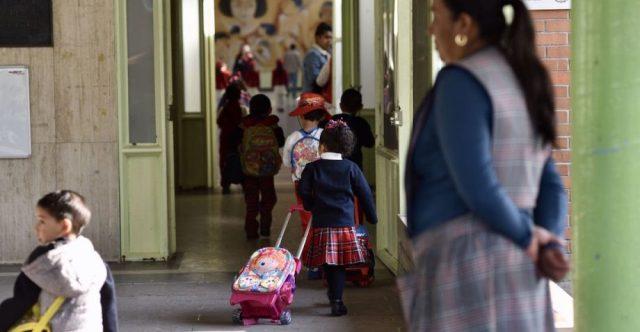 padres-hijos-escuela-iniciativa-derecho-nuevo-leon-pin-parental-que-es-sexualidad-aborto-920x477